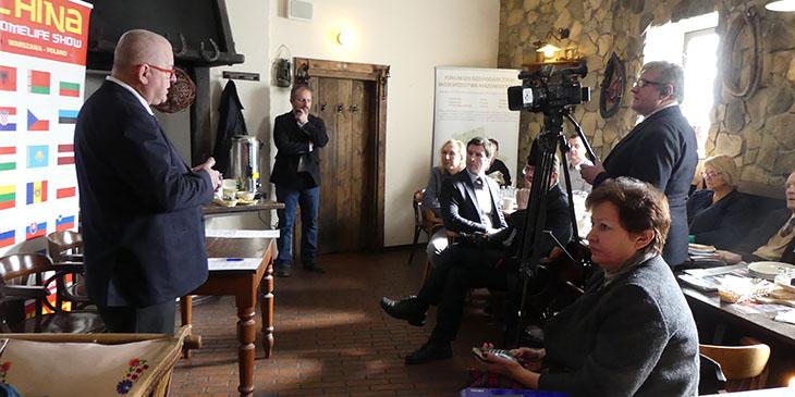 Umowy o współpracy między Izbą a mediami