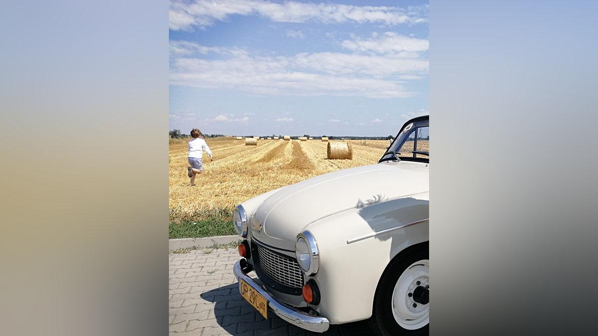 Syreni śpiew - filmowa podróż do lat 60.