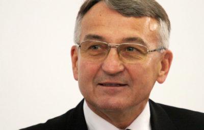 Dr Dariusz Maciej Grabowski